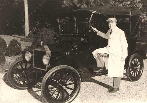 Arch Dalrymple III and the Model T Ford he drove as a student.