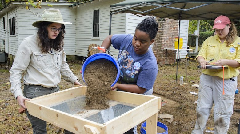UM staff members and students participate in the 2016 Public Archaeology Day at Rowan Oak. Photo by Marlee Crawford/